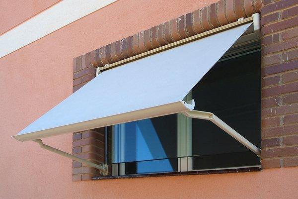 cuanto cuesta un toldo para ventana materiales de